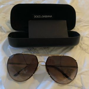 Dolce & Gabbana aviator sunglasses Kendall Jenner